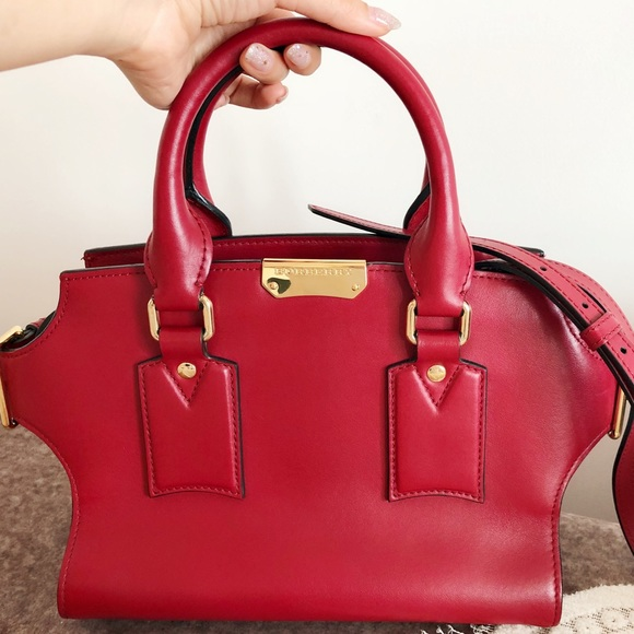 Burberry Leather Tote Bag 176b996ff6442